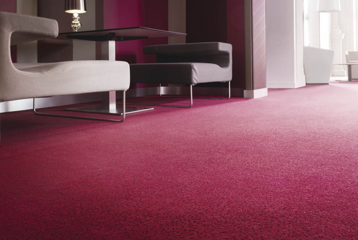 300 dpi 4AO3 RoomSet carpet constellation 560 RED 2 web